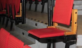 krzesło - licytacje Urania Dzieciom